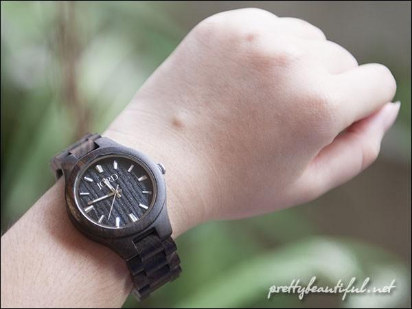 JORD watch on hand 2